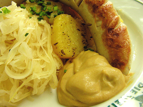 Deutsche Küche: Traditionell futtern in der Fleischerei Domke