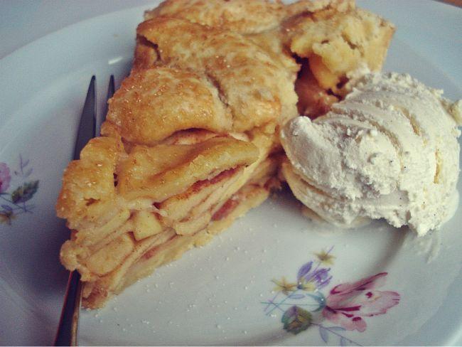 Apple Pie mit Vanilleeis--- Köstlicher geht es kaum!