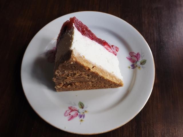Strawberry Cheesecake mit Kokosmilch und dickem Keksboden