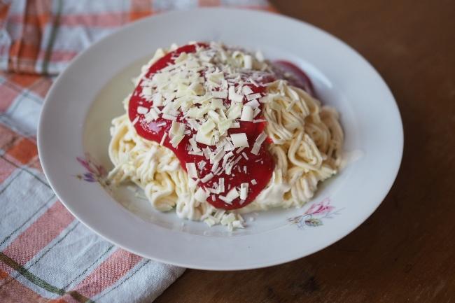 Spaghettieis: Eine Reise zurück in meine Kindheit