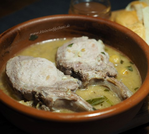 Kotelett vom Schwein in Soße aus Fino mit Maronen