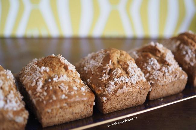 Mini-Bananenbrote mit Kokos – ein einfaches Rezept
