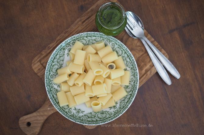 Pesto-Cashewkerne-Basilikum-Rigatoni