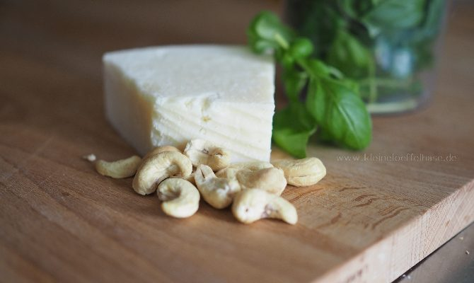 Cashew-Basilikum-Pesto ohne Pinienkerne