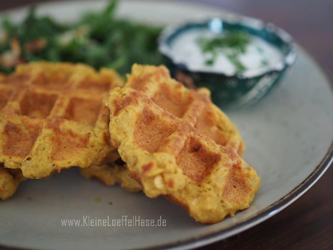 herzhafte-proteinwaffeln-vegan-rote-linsen-dip