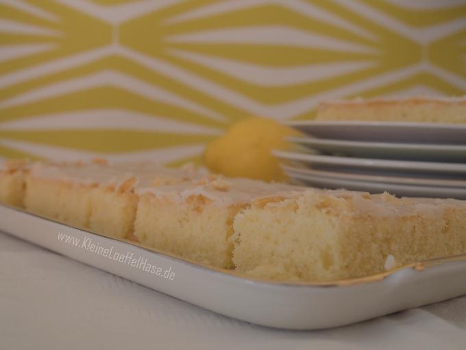 zitronenkuchen-blech-rezept-locker-saftig