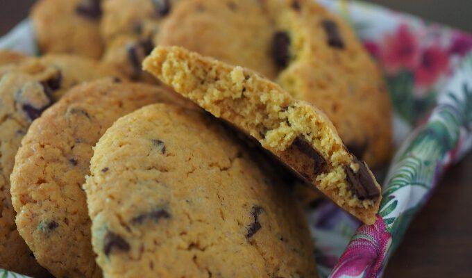 Chocolate Chip Cookies aus Kichererbsenmehl {glutenfrei}